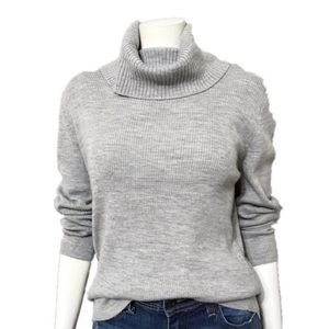 Sarah Spencer | Gray Merino Wool Ribbed Turtleneck